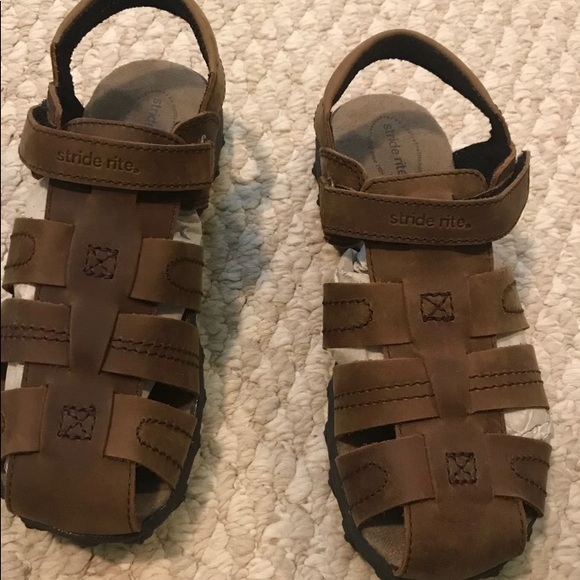 Boys Size 3 Xw Stride Rite Sandals